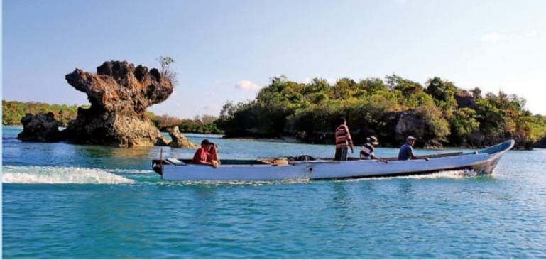 Berburu Ikan Karang di Perbatasan Indonesia-Australia