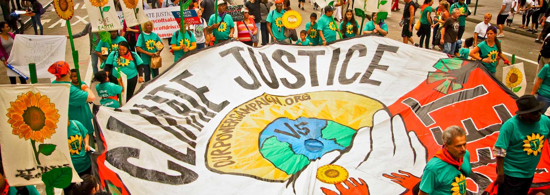 """Climate Tracker Membuka Kesempatan """"COP26 Climate Justice Journalism Fellowship"""" untuk Jurnalis di Negara Berkembang"""