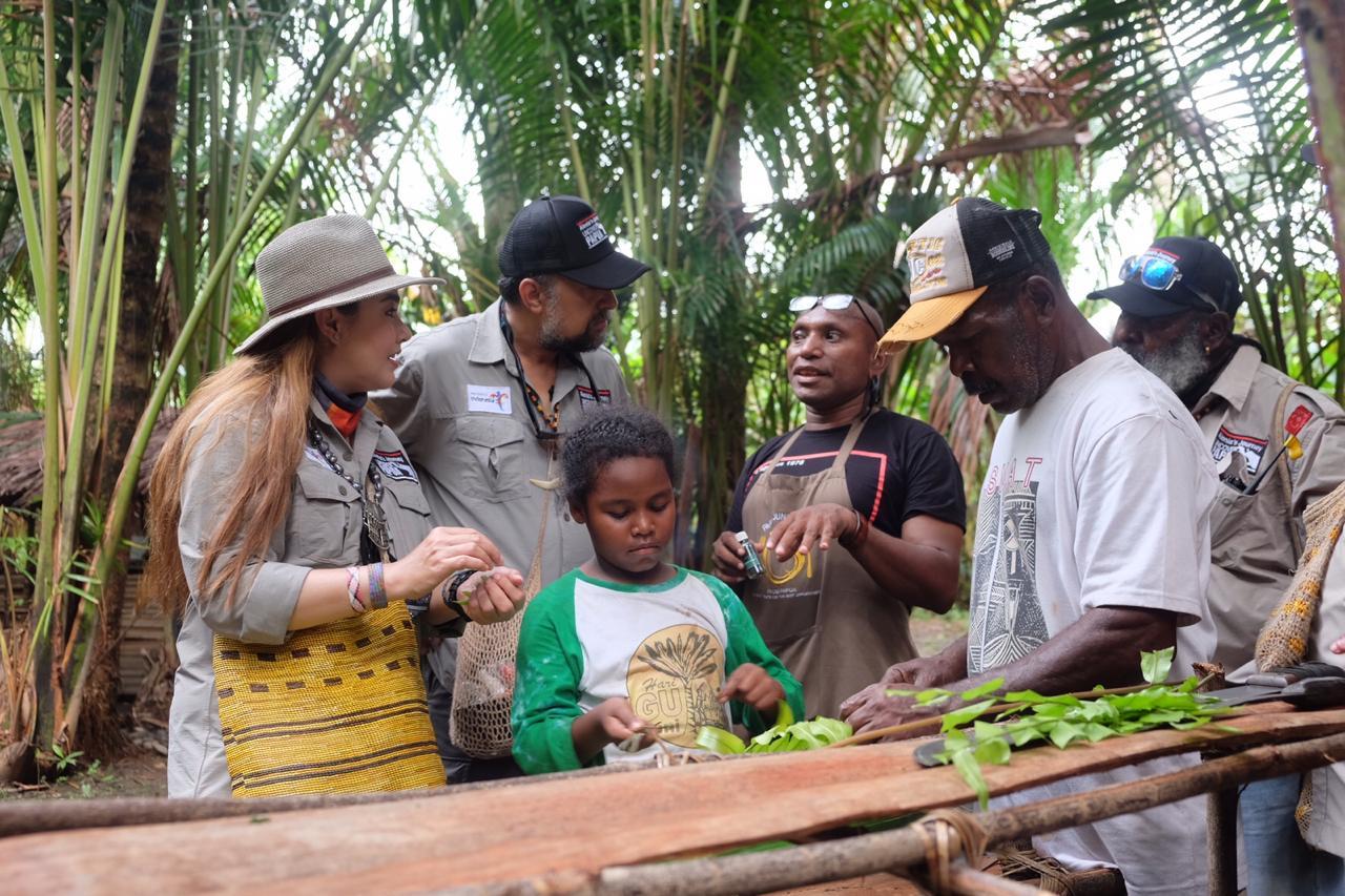 Charles Toto : Hutan Seperti Pasar Tanpa Uang bagi Masyarakat Papua